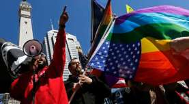In a 5-4 decision, SCOTUS rules in favor of same-sex marriage