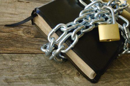 locked-bible-1024x680